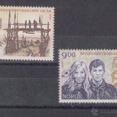Sellos: NORUEGA 1562/3 SIN CHARNELA, TEMA EUROPA, CENTENARIO DEL SCOUTS. Lote 51509035