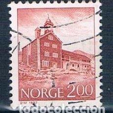 Sellos: NORUEGA 1982 Y 812 SELLO USADO. Lote 146447890