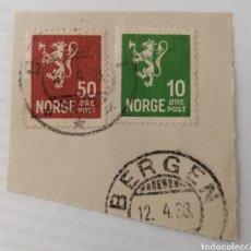 Sellos: NORUEGA. 2 SELLOS PEGADOS A RESTO DE CARTA. MATASELLO BERGEN, 1938. Lote 252530755