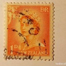 Sellos: NUEVA ZELANDA 1955 REINA ELISABETH II CON NÚMEROS AGRANDADOS. Lote 195887481