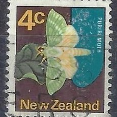 Timbres: NUEVA ZELANDA 1970-76 - FAUNA, MARIPOSA, CHARAGIA VIRESCENS - SELLO USADO. Lote 211117305