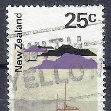 Sellos: NUEVA ZELANDA 1970-76 - PUERTO MARITÍMO HAURAKI - SELLO USADO. Lote 211179434
