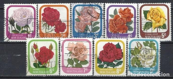 NUEVA ZELANDA 1975-79 - FLORA, ROSAS DE JARDÍN, S.COMPLETA - SELLOS USADOS (Sellos - Extranjero - Oceanía - Nueva Zelanda)
