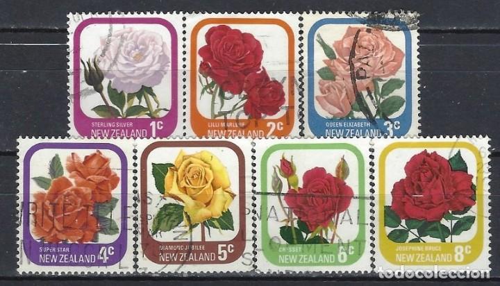 NUEVA ZELANDA 1975-79 - FLORA, ROSAS DE JARDÍN, 7 VALORES - SELLOS USADOS (Sellos - Extranjero - Oceanía - Nueva Zelanda)