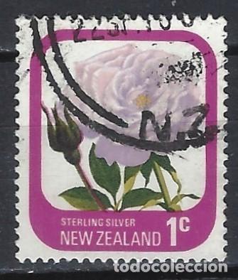 NUEVA ZELANDA 1975-79 - FLORA, ROSAS DE JARDÍN, PLATA ESTERLINA - SELLO USADO (Sellos - Extranjero - Oceanía - Nueva Zelanda)