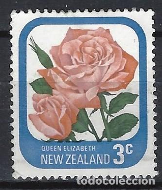 NUEVA ZELANDA 1975-79 - FLORA, ROSAS DE JARDÍN, REINA ELIZABETH - SELLO USADO (Sellos - Extranjero - Oceanía - Nueva Zelanda)