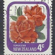 Sellos: NUEVA ZELANDA 1975-79 - FLORA, ROSAS DE JARDÍN, SUPER ESTRELLA - SELLO USADO. Lote 211255247