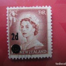 Sellos: +NUEVA ZELANDA, 1958, ISABEL II, SELLO SOBRECARGADO YVERT 366. Lote 222590626