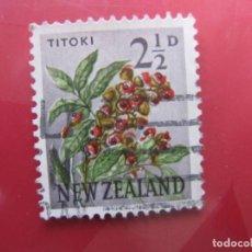 Sellos: +NUEVA ZELANDA, 1960, FLORA, YVERT 386A. Lote 222592252