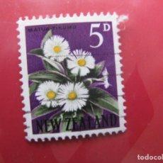 Sellos: +NUEVA ZELANDA, 1960, FLORA, YVERT 388A. Lote 222593800