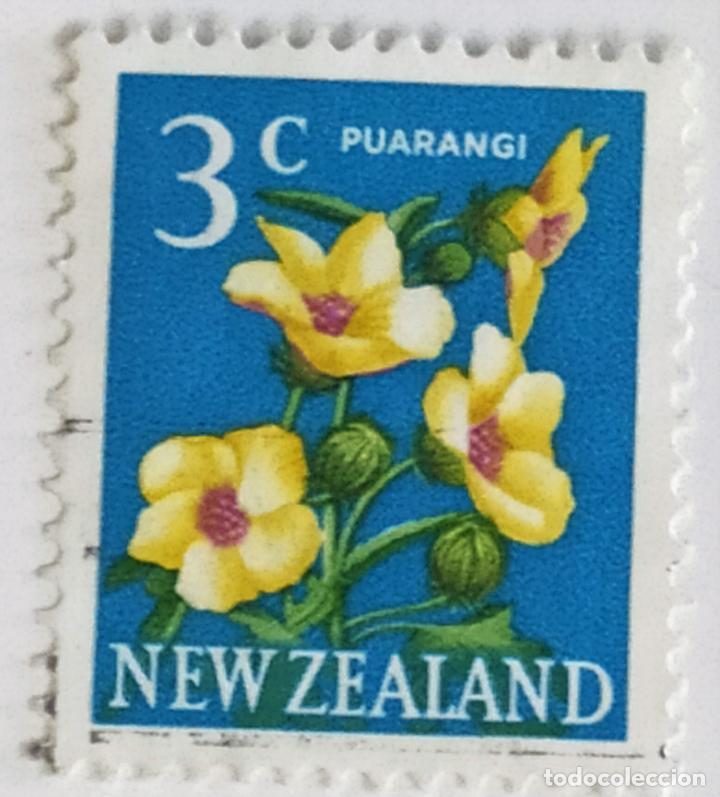 SELLO DE NUEVA ZELANDA 3 C - 1967 - FLORES - USADO SIN SEÑAL DE FIJASELLOS (Sellos - Extranjero - Oceanía - Nueva Zelanda)