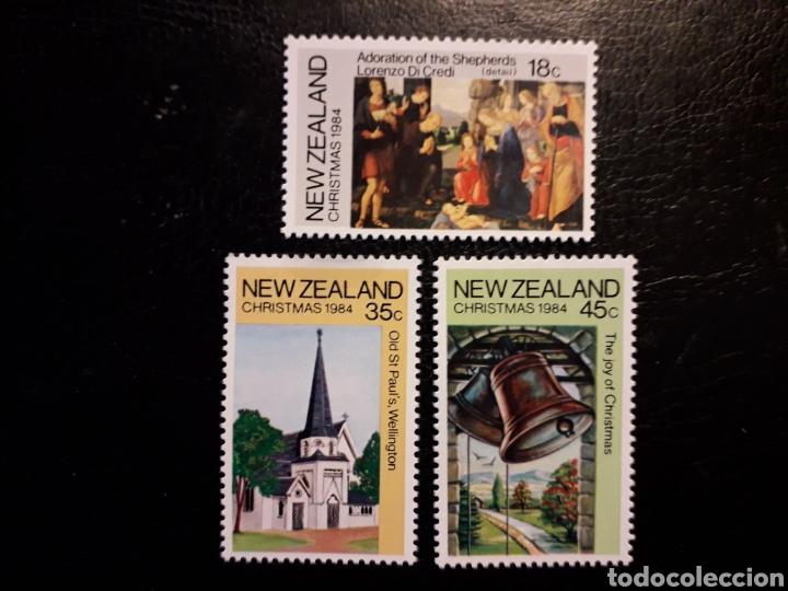 NUEVA ZELANDA YVERT 879/81 SERIE COMPLETA NUEVA *** NAVIDAD PINTURAS, CAMPANAS. PEDIDO MÍNIMO 3 € (Sellos - Extranjero - Oceanía - Nueva Zelanda)