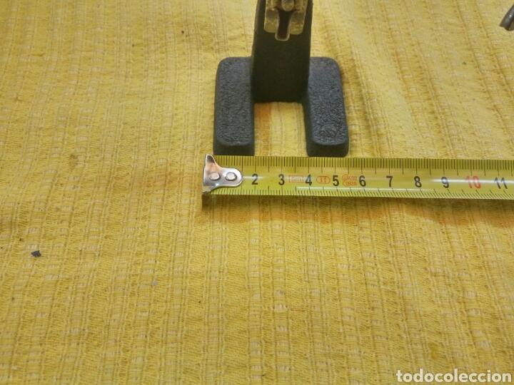 Sellos: Lupa con pinzas (antigua). - Foto 3 - 114235879