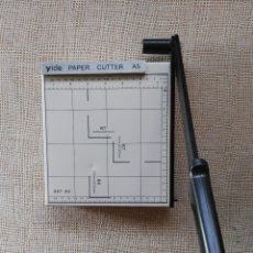 Sellos: GUILLOTINA YIDE PAPER CUTTER A5. Lote 212409172