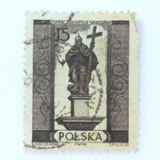Sellos: SELLO POSTAL POLONIA 1955, 15 GR , MONUMENTO ZYGMUNT III WAZA, USADO. Lote 231944040
