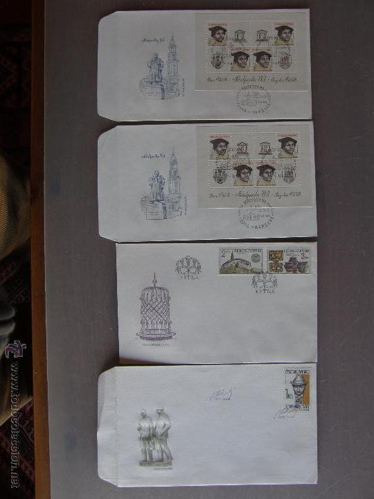 Sellos: Checoslovaquia. Lote de más de 200 sobres primer día, entero postales, tarjetas postales, etc. - Foto 25 - 52953992
