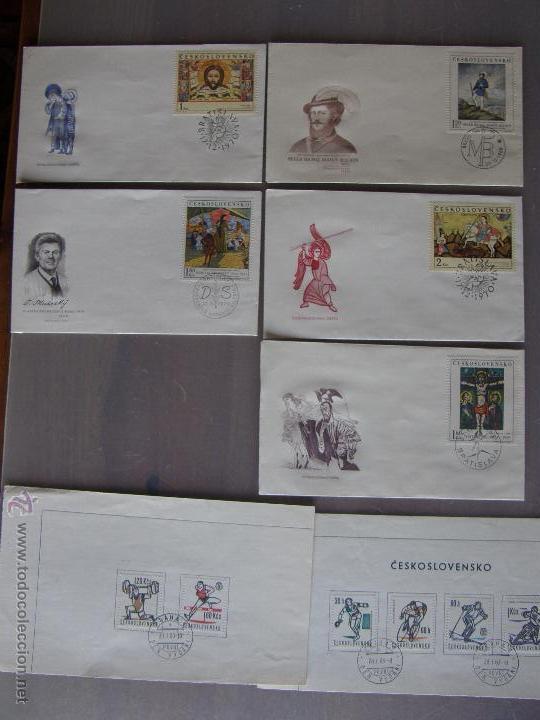 Sellos: Checoslovaquia. Lote de más de 200 sobres primer día, entero postales, tarjetas postales, etc. - Foto 30 - 52953992