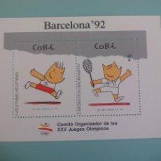 Sellos: ESPAÑA, HOJA RECUERDO, COBI JUEGOS OLIMPICOS BARCELONA 92, ATLETISMO, BADMINTON. Lote 166740690