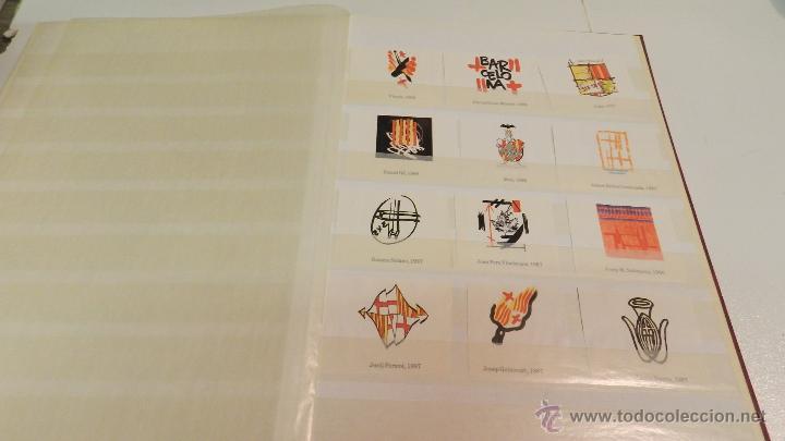 Sellos: COLECCION DE 140 ESCUDOS DIFERENTES DE BARCELONA EDICION AÑOS 80 - Foto 2 - 50484005