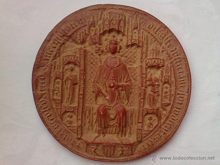 Sellos: SELLO REY MARTIN I EL HUMANO 1399 REPRODUCCION MUSEO HISTORIA DE BARCELONA 1977 ESTUCO 13 X 0,7 CM - Foto 2 - 53692921