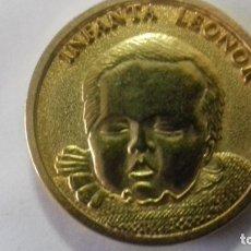 Sellos: MONEDA EN METAL DORADO DEL NACIMIENTO DE LA INFANTA LEONOR. Lote 183325465