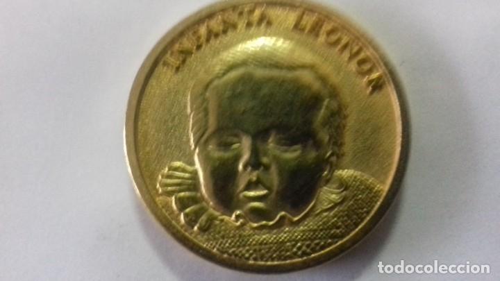 Sellos: Moneda en metal dorado del nacimiento de la Infanta Leonor - Foto 4 - 183325465