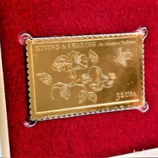 Sellos: SELLO DE ORO 22.KT. GIVING AND SHARING AN AMERICAN TRADITION 1998 - 40 X 25.MM. Lote 218641456