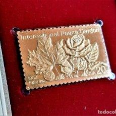 Sellos: SELLO DE ORO 22.KT. INTERNATIONAL PEACE GARDEN 50TH ANNIVERSARY 1982 - 40 X 25.MM. Lote 237355755