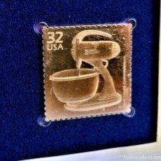 Timbres: SELLO DE ORO 22.KT. CELEBRATE THE CENTURY 1930-1939 HOUSEHOLD CONVENIENCES 1998 - 31 X 31.MM. Lote 230600185