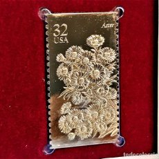 Timbres: SELLO DE ORO 22.KT. FALL GARDEN FLOWERS ASTER 1995 - 25 X 45.MM. Lote 233034720