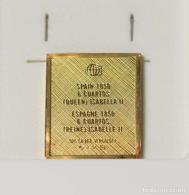 Sellos: Sello reproducción - 6 cuartos de Isabel II (1850) de plata 925 bañado en oro - Foto 2 - 236897445