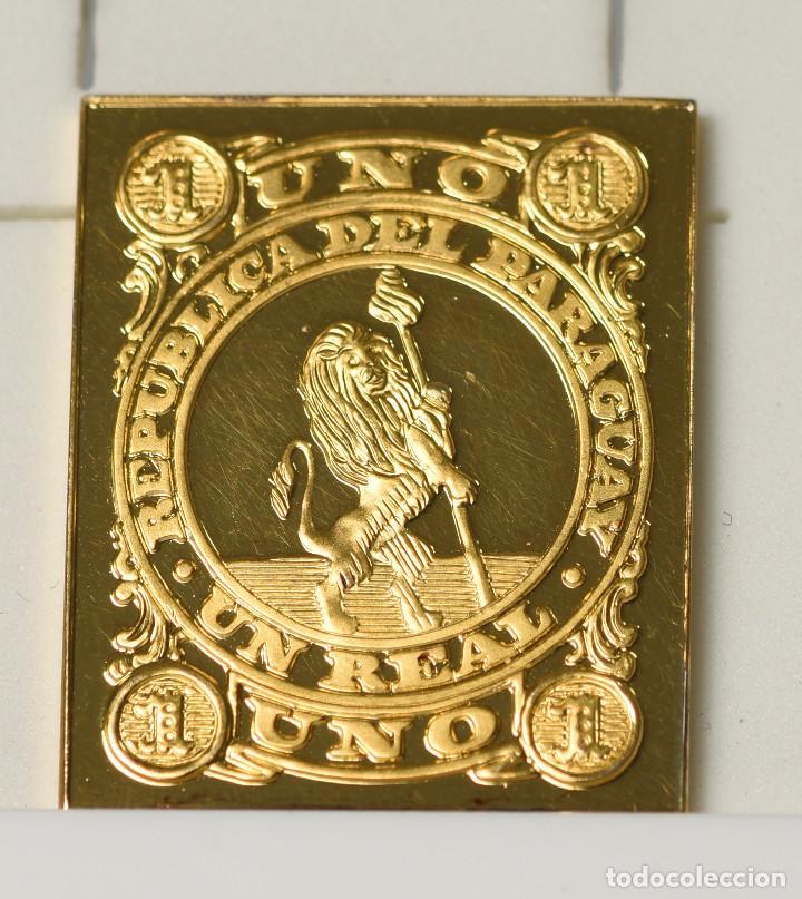 SELLO REPRODUCCIÓN - 1 REAL DE LA REPÚBLICA DE PARAGUAY (1870) DE PLATA 925 BAÑADO EN ORO (Filatelia - Sellos - Reproducciones)