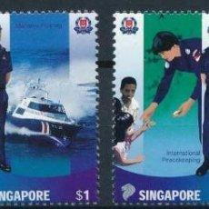 Sellos: SINGAPUR 2003 IVERT 1155/8 *** LA POLICÍA - POLICÍAS Y UNIFORMES. Lote 220088853