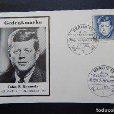 Sellos: GEDENKMARKE JOHN F. KENNEDY - BERLIN ZUM GEDENKENAN JOHN F. KENNEDY 27.11.1964. Lote 80426985