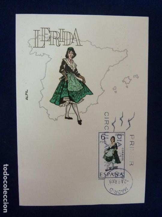 TARJETA POSTAL. TRAJES TÍPICOS ESPAÑOLES. LÉRIDA 1969 (Sellos - Extranjero - Tarjetas)