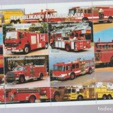 Briefmarken - HOJA BLOQUE COCHES 4 - 86966140