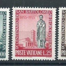 Sellos: R9/ VATICANO** 1955, CAT. 238/40, IX CENT. MUERTE SAN BATOLOMÉ. Lote 55690985