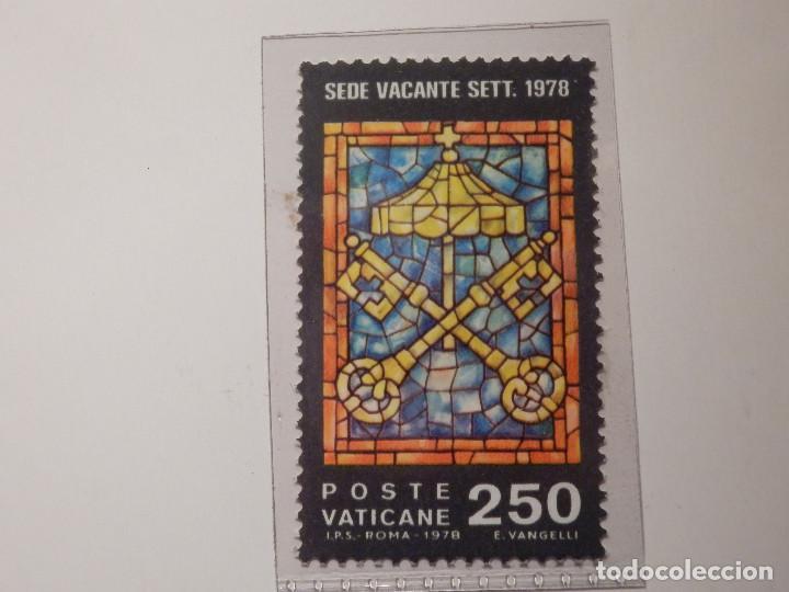 Sellos: LOTE - COLECCIÓN - EL VATICANO - 15 SELLOS NUEVOS - 1979, 1980, 1982 - EN FILOESTUCHES Y HOJA FILABO - Foto 12 - 165086378