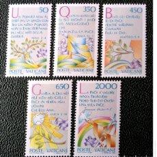 Sellos: VATICANO. 792/96 ANO INTERNACIONAL DE LA PAZ. 1986. SELLOS NUEVOS Y NUMERACIÓN YVERT.. Lote 211260997