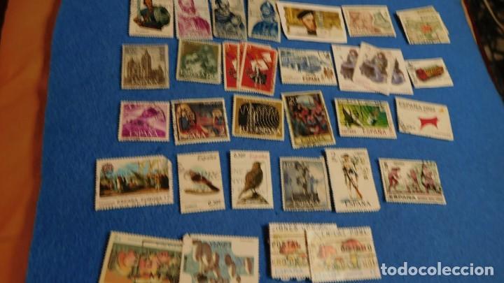 Sellos: Conjunto de 29 sellos nuevos y usados de España, años 70 - Foto 2 - 223220035
