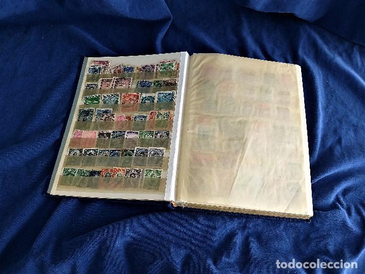 Sellos: lote restos coleccion sellos America 16 hojas,32 paginas de las cuales 24 completas de sellos - Foto 2 - 254739630