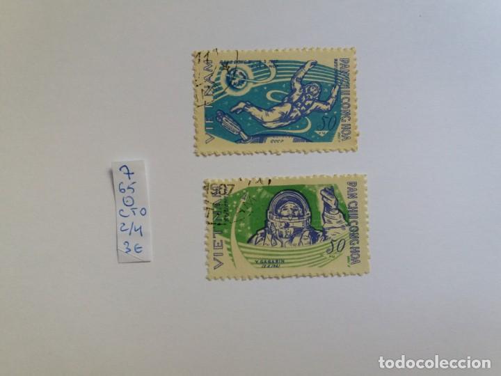 2 SELLOS - VIETNAM 1965, COSMOS, COSMONAUT GAGARIN, USADO (*) (Sellos - Extranjero - Asia - Vietnam)