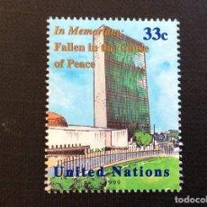Sellos: NACIONES UNIDAS NUEVA YORK Nº YVERT 811*** AÑO 1999. MUERTOS AL SERVICIO DE LA PAZ. Lote 235846790