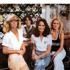 Cine: ANGELES CHARLIE KATE JACKSON FARRAH FAWCETT JACLYN SMITH CHERYL LADD CHARLIE´S ANGELS 1978 FOTO. Lote 221627878