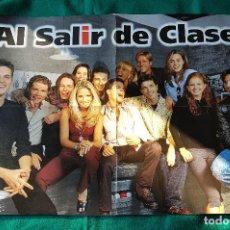 Cine: POSTER CARTEL SERIE AL SALIR DE CLASE (1997) ELSA PATAKI - PROTAGONISTAS EN EL REVERSO. Lote 190157452