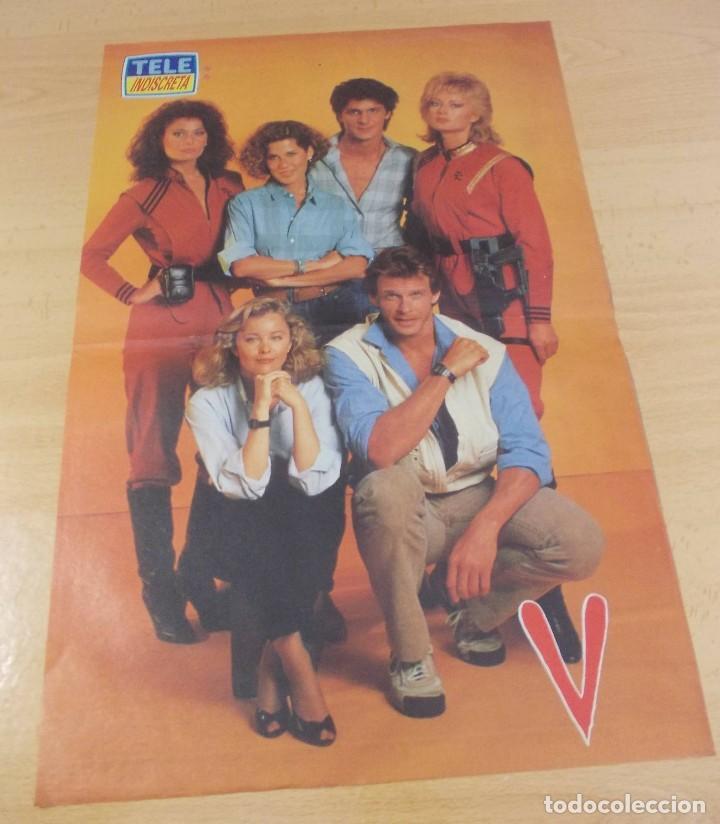 """PÓSTER """" V- LOS VISITANTES"""" TELE INDISCRETA DÉCADA 1980 (Cine - Posters y Carteles - Series TV)"""