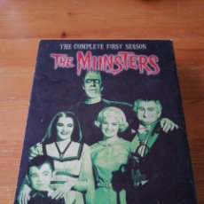 Series de TV: DVD THE MUNSTERS. THE COMPLETE FIRST SEASON. Lote 113250479