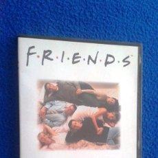 Series de TV: FRIENDS TEMPORADA 1 - EPISODIOS 1-3. Lote 114985963