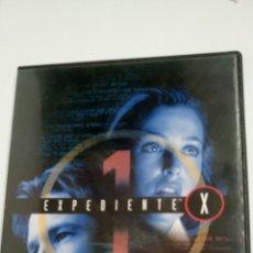 Series de TV: EXPEDIENTE X, PRIMERA TEMPORADA COMPLETA. 24 EPISODIOS. Lote 117424355