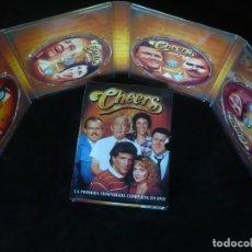 Séries de TV: DOG CHEERS LA PRIMERA TEMPORADA COMPLETA - DVD COMO NUEVOS - CAJA EXTERIOR ALGO ROZADA. Lote 209604763